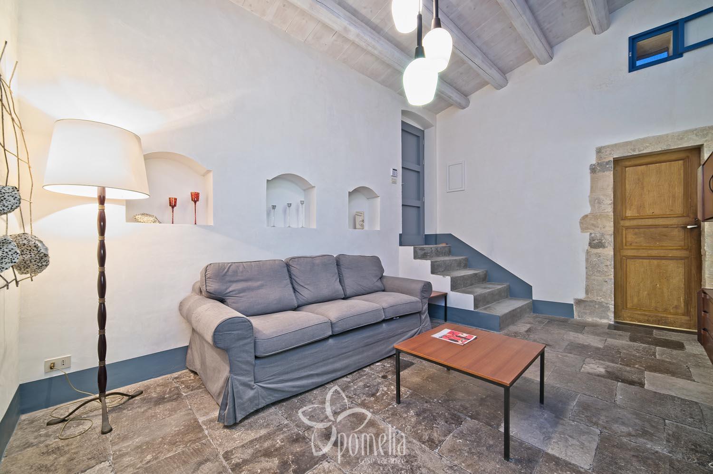 tano - appartamento con vista per vacanze a scicli (ragusa)