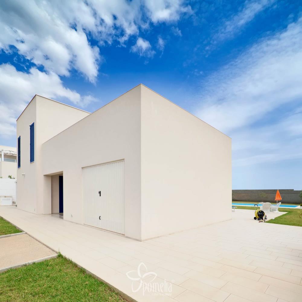 Casa Ideale Per 3 Persone artemide - villa con piscina in sicilia a marina di ragusa