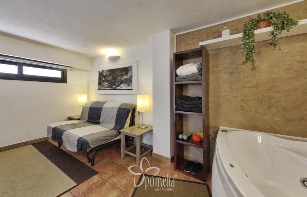 Narciso Appartamento Per Vacanze A Marina Di Ragusa Sicilia